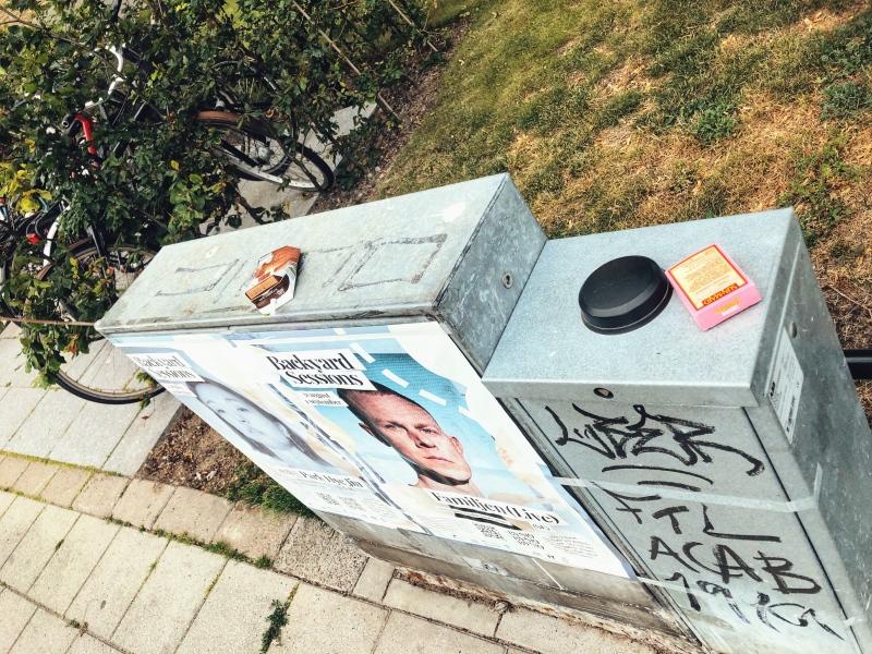 Σκουπίδια παντού